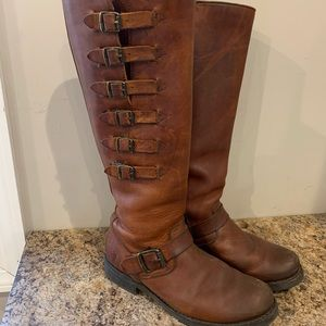 Frye Veronica Belted Tall boot